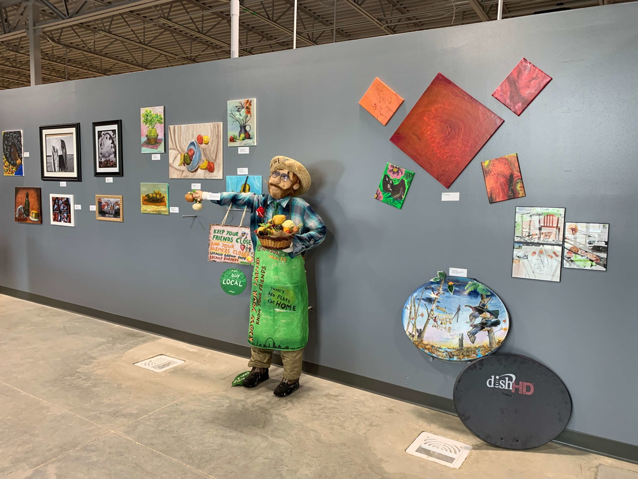 ... on June 4 which officially opened for the month's local artists and featured in-season foods (strawberries and peaches). Artists from North St. Louis ...